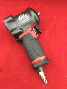 Mac Tools 3 8 Drive Mini Air Impact Wrench Awp038m With Cover P22