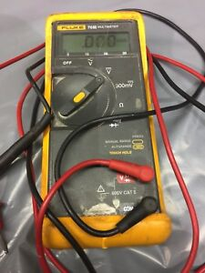 Fluke 70 Iii Series 3 Multimeter 600v With Case And Probes