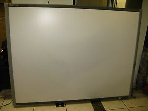 Smart Sb680 77 Smartboard Interactive White Board Sb680