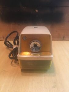 Vtg Panasonic Kp 33n Point o matic Electric Pencil Sharpener Retro Made In Japan
