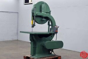 Moak Super 36 Belted Motor Drive Vertical Wood Band Saw