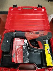 Hilti Dx460 367134 Powder Actuated Fastening Tool W Mx 72 Nail Magazine