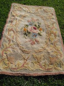 Antique Vintage Hand Made Hooked Rug Floral Pattern 59 X 36