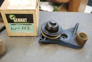 1937 1948 Ford Flathead V8 Water Pump Left Side Nice Used Original Part