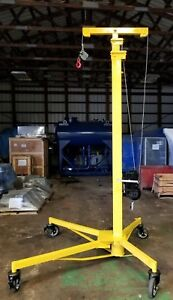 Sumner Z 250 Roust a bout Pipe And Material Lift 2000 Lb Capacity 25 Reach