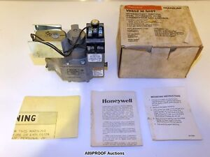 Honeywell Vr852 M 5089 Intermittent Ignition Dual Automatic Valve Gas Control