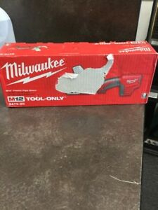 Milwaukke Tool 2470 20 Pvc Shear In Good Condition Bare Tool lam007935