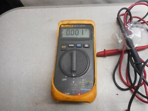Fluke Multimeter 16 Multimeter With Leads Compact
