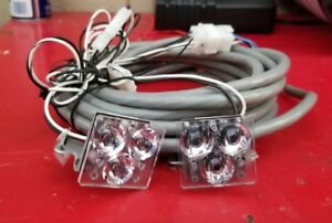 1 Pair Of Whelen Rl11 Super Led Lights With Harness For Justice s Lightbars