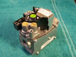 White Rodgers Gemini 2 stage Lp Gas Valve 36j55 504 Carrier Bryant Ef33cw205