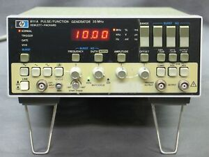 Hp 8111a Pulse Function Generator 20mhz W Opt 001 Manual Tested Good Xlnt