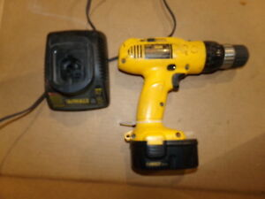 Dewalt Dw953 Cordless Drill With Battery Dw9094 And Charger Dw9118