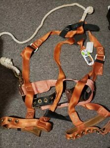 Used Klein Tools Safety Harness With 6 Rope Lanyard Sz Medium Model Spa2024a