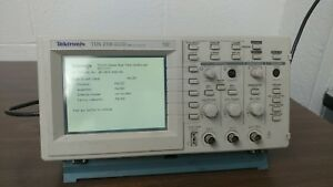 Tektronix Tds 210 60mhz 1gs s 2 channel Digital Real Time Oscilloscope