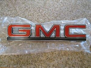 78 95 Gmc G Series Van 1500 2500 3500 Oem Nos Rear Door Emblem Badge