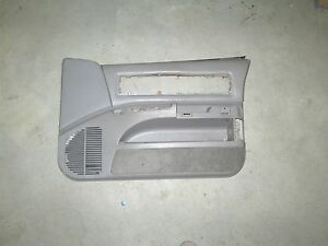 94 95 96 1994 1995 1996 Chevy Impala Ss Caprice Gray Passenger Side Door Panel