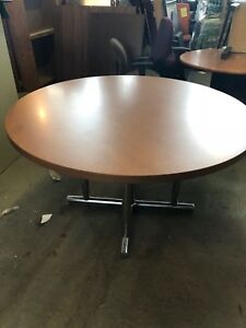 54 Round Conference Table In Cherry Finish Laminate Chrome Base