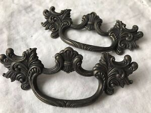 Vtg Ornate French Provincial Drawer Pulls Pair 4 Bore Large Antique Gold