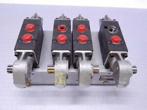 Lot Of 4 Parker 60650 54 Hydraulic Directional Flow Control Valves T108898