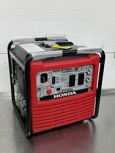 Honda Eb2800i 2500w 20 Amp Inverter Gas Portable Backup Contractor Generator New