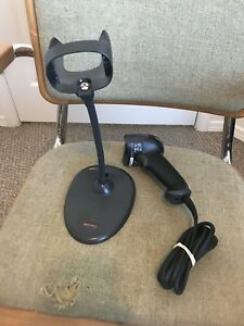 Honeywell 1900 Scanner And Usb Cable Pos 19gsr 2 2d 04556 With Stand