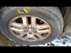 Wheel 16x6 1 2 Alloy 10 Flat Spoke Gold Inlay Fits 00 04 Legacy 9012335