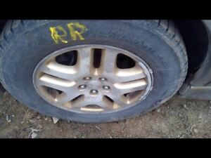 Wheel 16x6 1 2 Alloy 10 Flat Spoke Gold Inlay Fits 00 04 Legacy 9012337