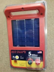Red Snap r Esp5m rs 5 mile Solar Low Impedance Charger Fence Controller