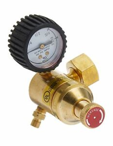 Goss Ea 1g Acetylene Regulator With a Hose Fitting And b Acetylene Tank