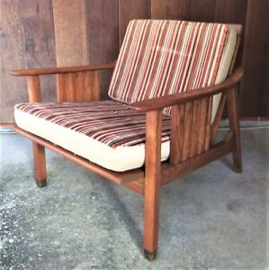 Stanley Mid Century Danish Modern Wood With Brass Foot Lounge Chair