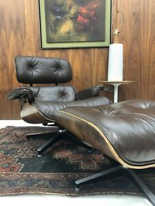 First Generation Eames Lounge 670 671