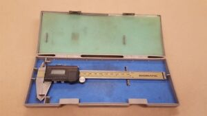 Mitutoyo 500 196 30 0 6 p Digimatic Digital Caliper In Case