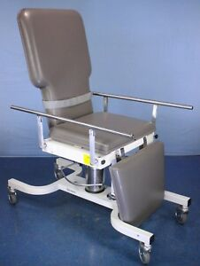 Biodex Deluxe Ultrasound Table With Warranty Model 056 605
