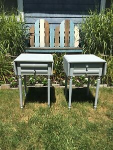 1940s Whitney Solid Hard Rock Maple Pair Of Drop Leaf Bedside Tables