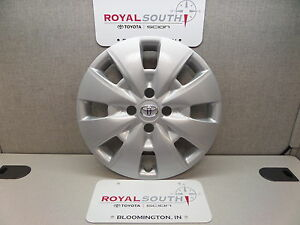 Toyota Yaris 15 Wheel Cover Hub Cap Genuine Oe Oem
