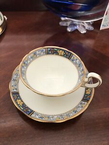 Aynsley Tea Cup And Saucer A4670 White W Gold And Blue Trim And Floral Design