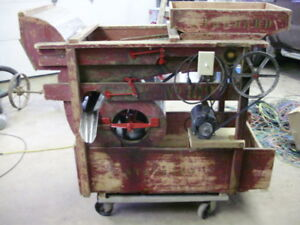 A t Ferrell Clipper Fanning Mill Seed Cleaner Size 1b 102