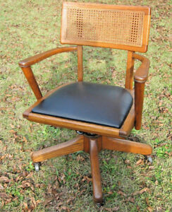 Mid Century Modern Oak Office Chair W Arms 24 Wide 17 Deep
