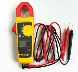 Brand New Fluke 302 Digital Clamp Meter Ac dc Multimeter