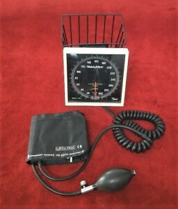 Welch Allyn Tycos Sphygmomanometer Blood Pressure With Adult Cuff