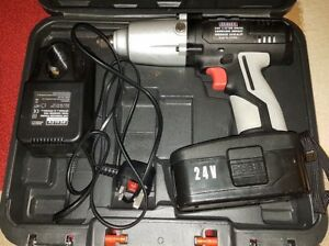 Cp2400 Sealey Cordless Impact Wrench 24v 1 2 Sq Drive 325lb Ft In Case