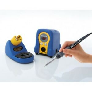 Hakko Fx888d Digital Soldering Station With Fx 8801 Iron Tip