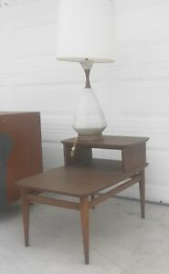 Mid Century Modern Lane End Table And Mid Century Lamp