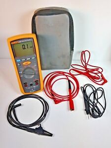 Fluke 1507 Insulation Tester With Backlight Leads And Soft Case Very Good Cond