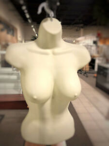 Only Hangers Female Hanging Form Big Bust Off White