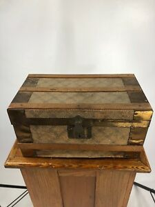 1800s Antique Doll Trunk Flat Top Doll Trunk