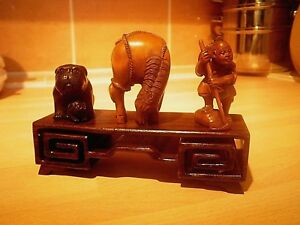 Netsuke Carved Wood Single Tier For Snuff Boxes Collectables Netsky Stand