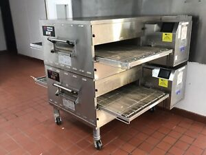 Electric Middleby Marshall Wow Pizza Oven