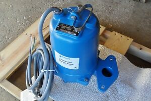 Goulds Ws2012bhf 2hp Submersible Sewage Pump 230 V 1 Phase