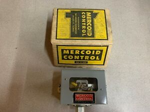 New In Box Mercoid Control Switch Ap153rg36